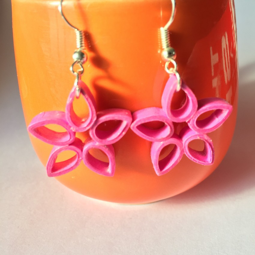 Pink flower quilled earring